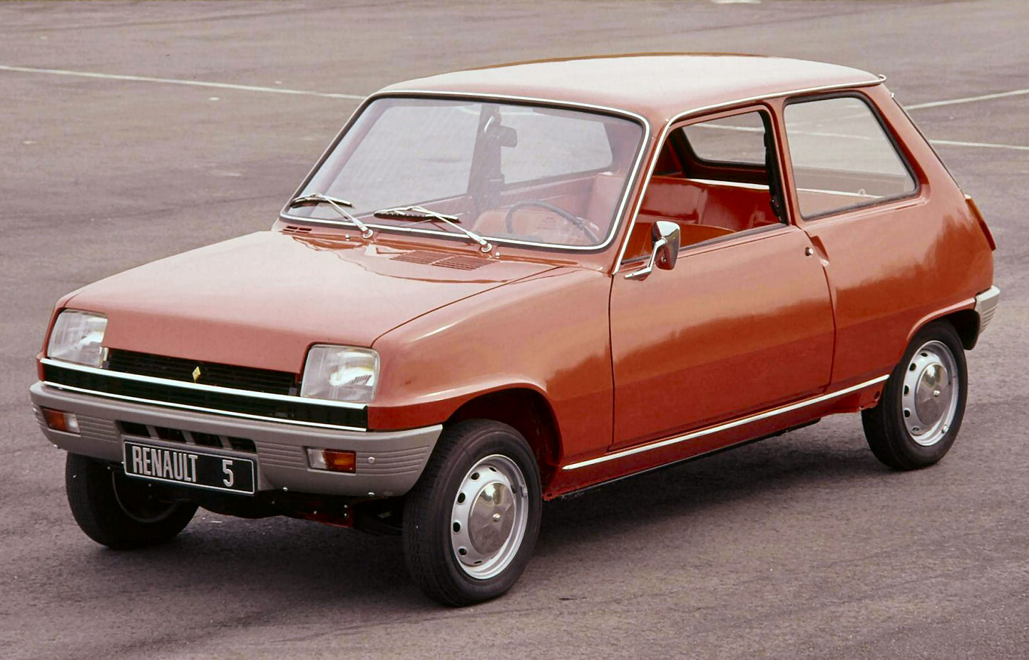 rouge avg renault r5 TL-1971 r4