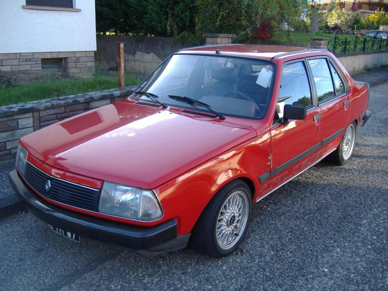rouge Renault 18 Turbo (1).jpg3.