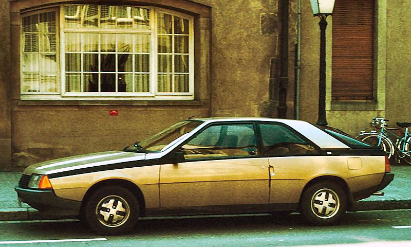 bronze g 800px-Renault Fuego France