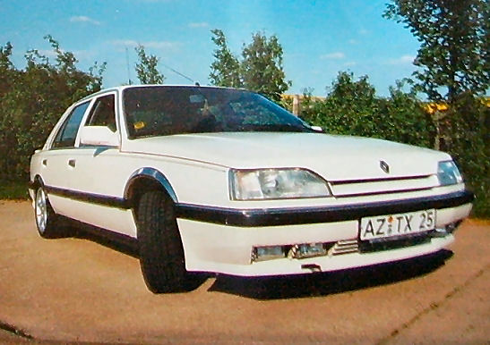 blanche Renault25-Phase2 Front