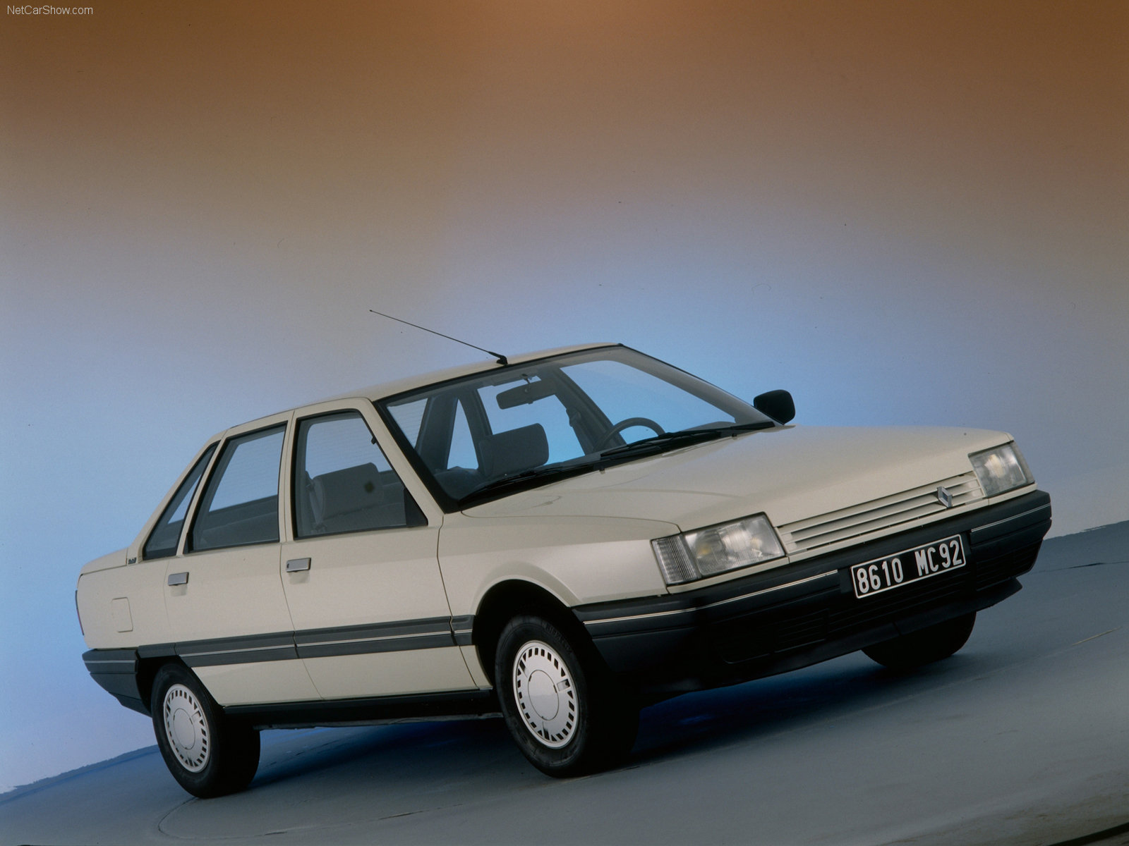 blanche Renault-21 Turbo D 1986 1600x1200 wallpaper 01
