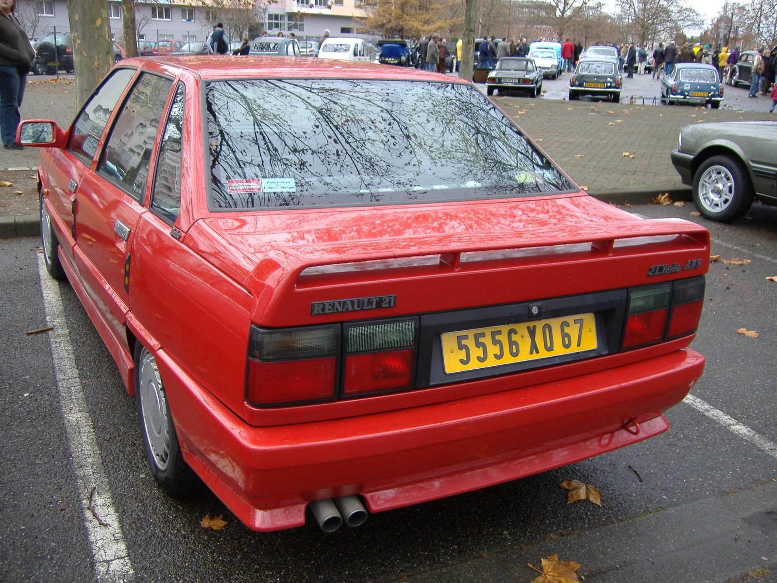 rouge Renault 21 2.0 Turbo ABS