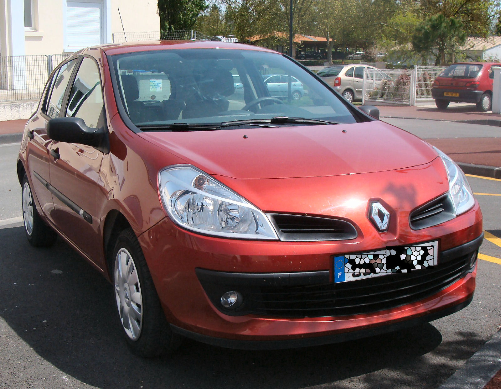 rouge avd 8930a-renault clio iii 1 5 dci 70 cft pk clim expression 5p